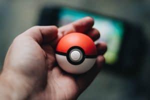 historia de Pokemon - pokebola